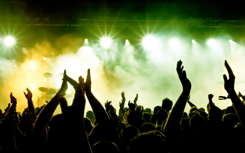 Konser dinlemeyi biliyor muyuz?